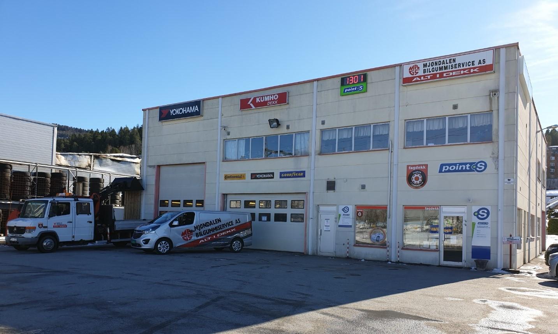 Ditt Point S-verksted i Mjøndalen : Mjøndalen Bilgummiservice AS